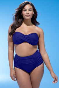 610fe05339c4a Best Swimsuits For Large Hips – 6 Key Features to Flatter Your ...