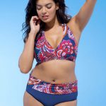 Gorgeous Swimsuits for Older Women - The Best Choices of This Season